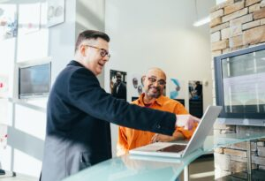 Accounting Consultant helping a business owner